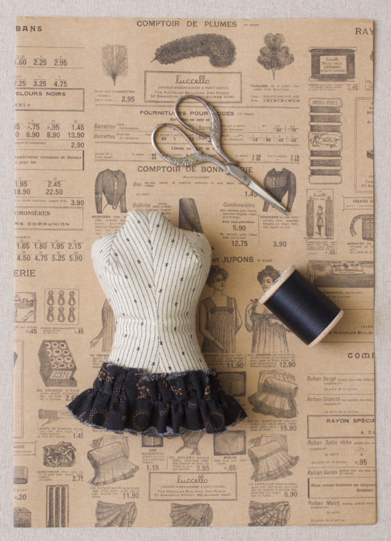 Antique-Mannequin-pin-cushion_kit_luccello