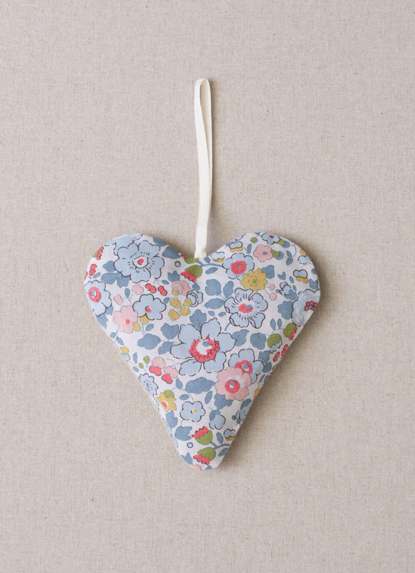 Scented Heart Sachet-4_luccello