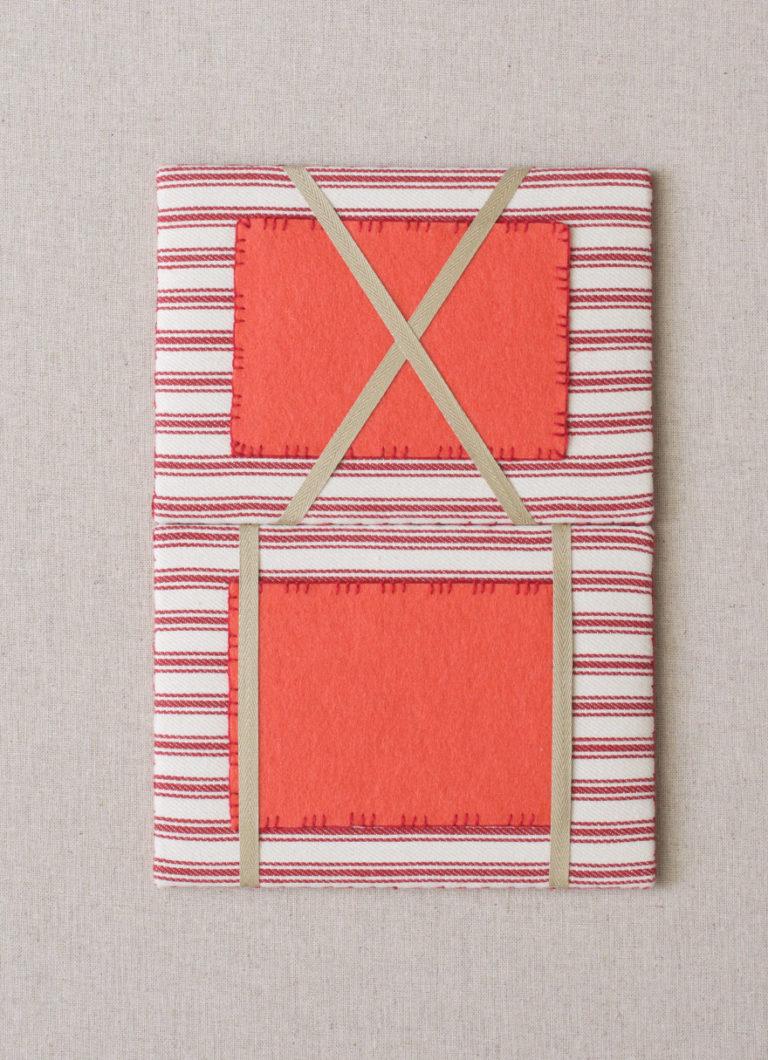 Vintage French seedpack-needlekeep-open